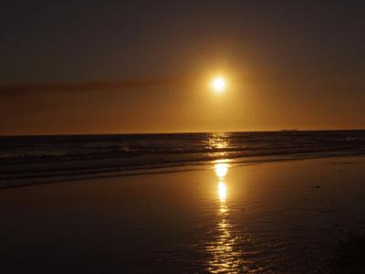 se puede tomar el sol durante la depilacion laser con precaucion y proteccion solar maxima