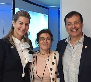 Mercè de Òptim Làser, depilación láser, con Dr Serena de la Sociedad Española de Láser Médico y Quirúrgico